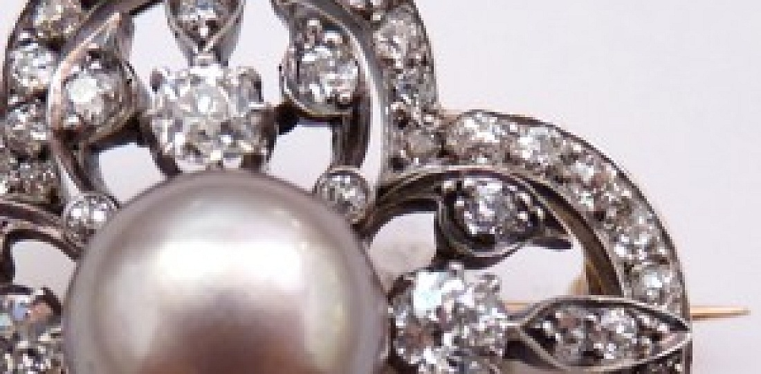 French Natural Pearl, Diamond and Silver Topped Gold Brooch, Detail View